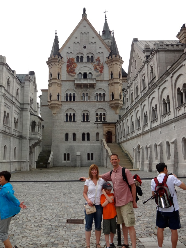 Must have a photo in front of the castle, even with random tourists posing for their own photos:)