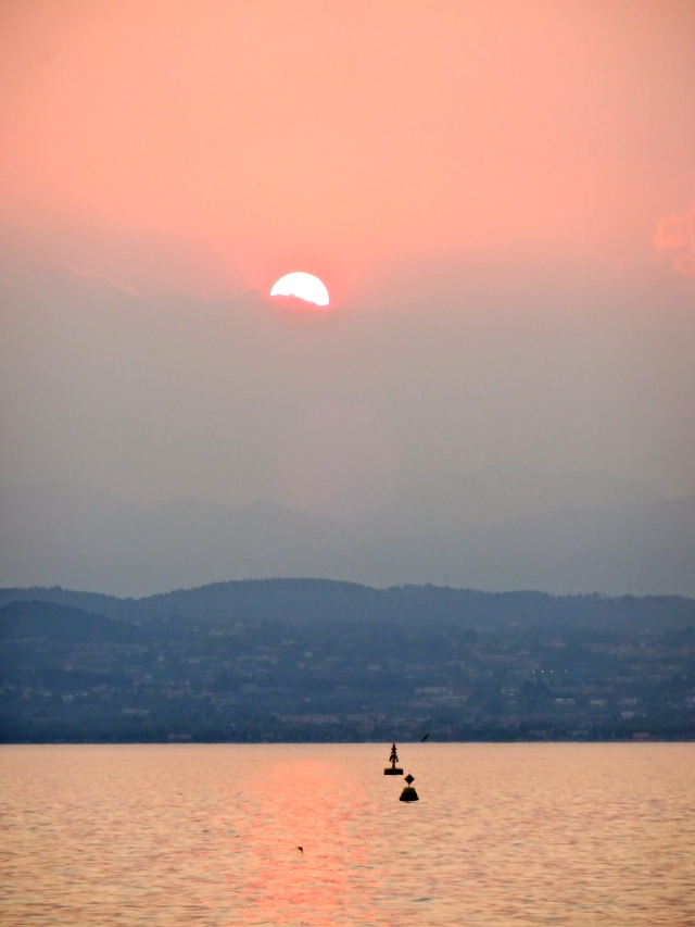The sun sets on a perfect day on Lake Garda!