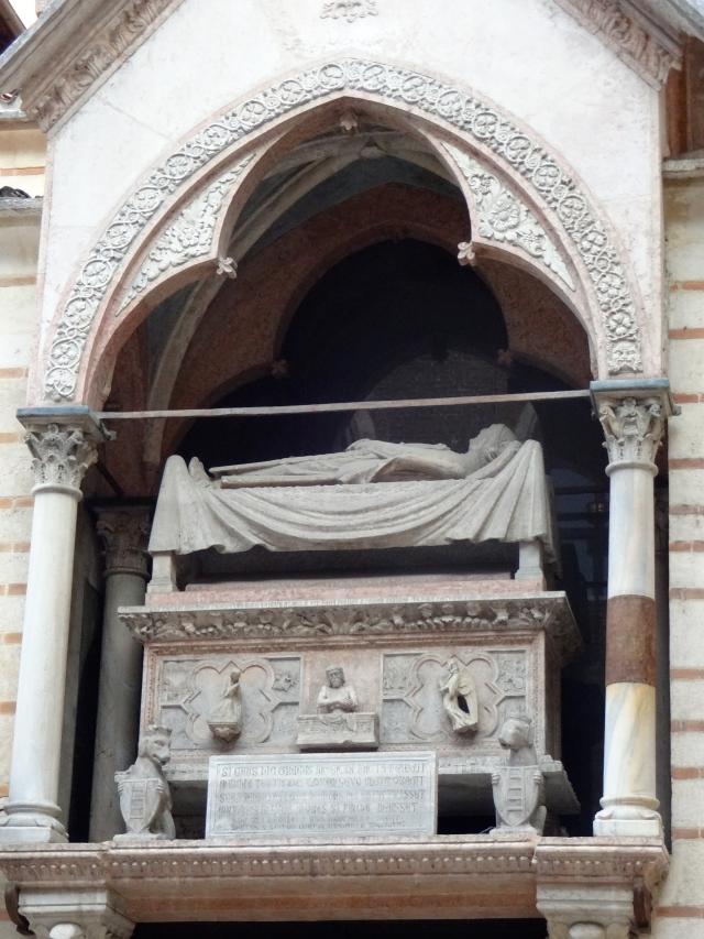 Arch of Scaglieri
