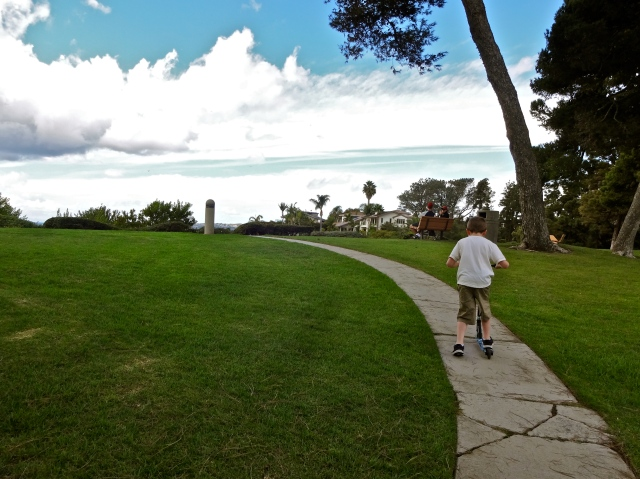 This lovely park sits on the cliffs overlooking the ocean.