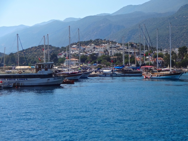 Kaş harbor